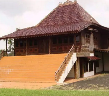 Rumah-Adat-Sumatera-Selatan-Suku-Palembang-dan-Pasemah